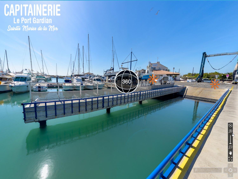 Visite virtuelle à 360° de la Capitainerie - Le Port Gardian - Les Saintes-Maries de la Mer